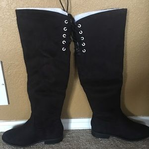 Shoes - High Knee boots size 7.5